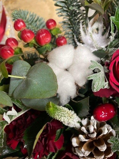 Flower box se sváteční dekorací