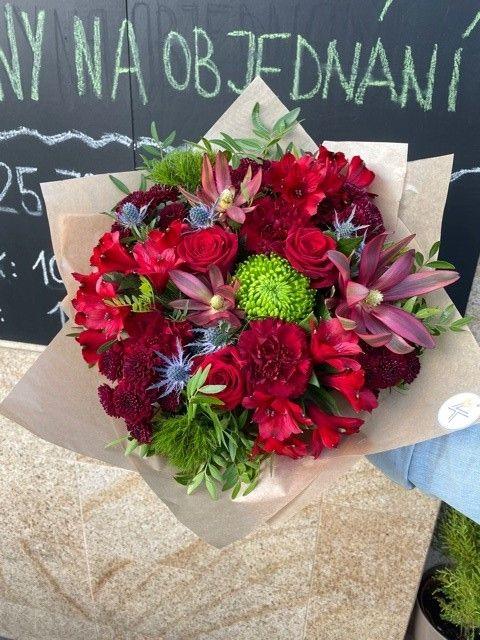 Sezónní kytice pro rozvoz květin po Praze a okolí