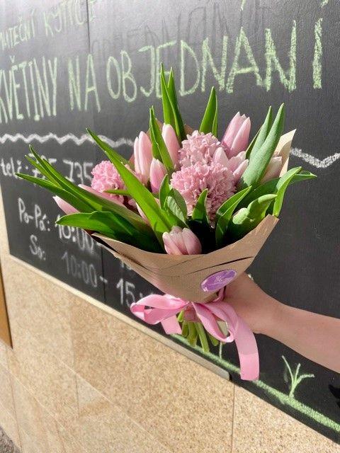 Kytice z online květinářství Květiny Strašnice Praha 10