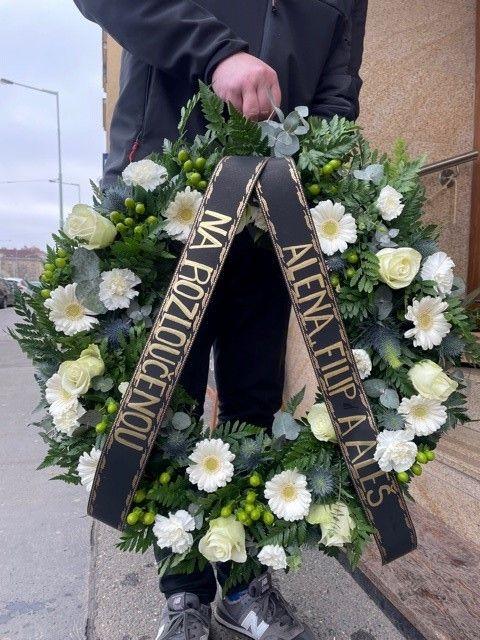 Smuteční a pohřební kytice online Praha