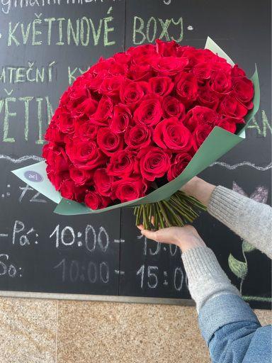 Kytice růží doručení Praha