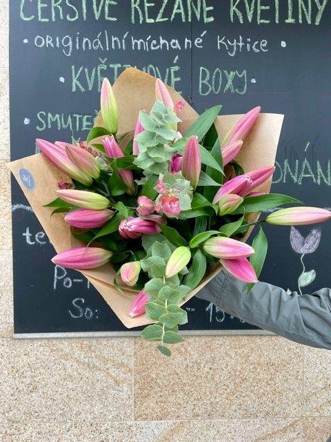 Kytice online lilie