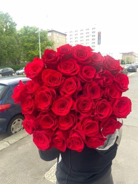 Puget růží rozvoz