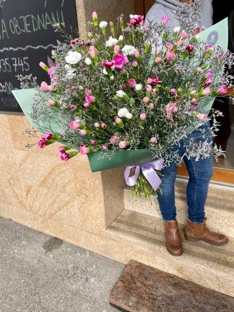 kytice-kvetinarstvi-praha-10-strasnice