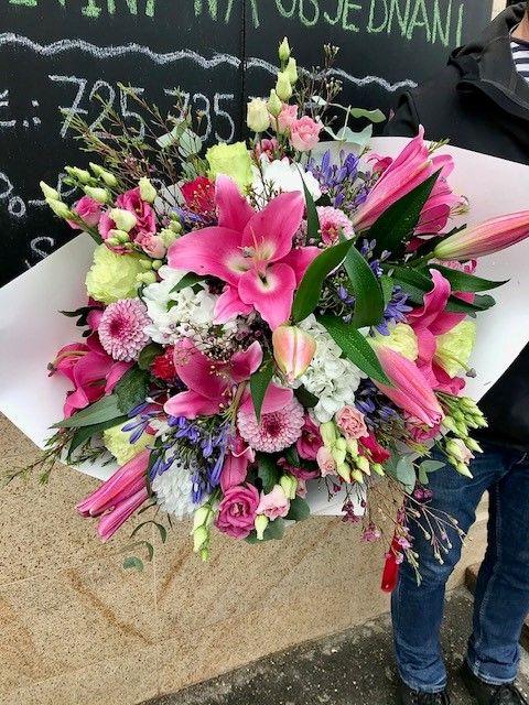 rozvoz-kvetin-praha-doruceni-donaska-kvetin-kvetinarstvi-praha-10-strasnice