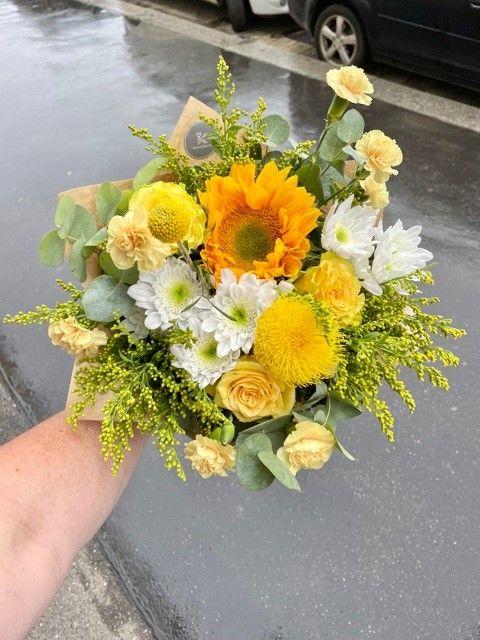 Žlutá kytice květin online Praha