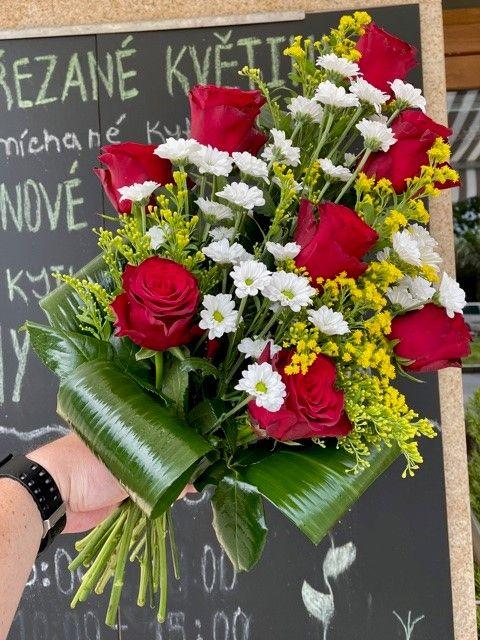 Pohřební kytice na položení online Praha