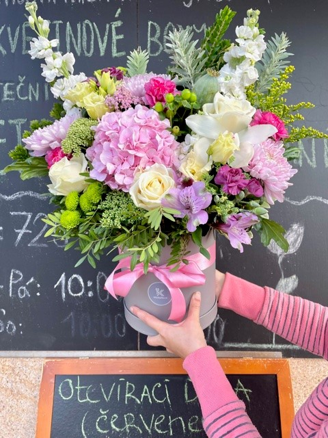 Květinové krabičky z květinářství Praha online