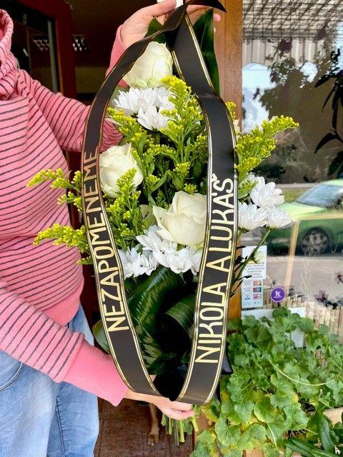 Smuteční kytice květinářství krematorium Strašnice