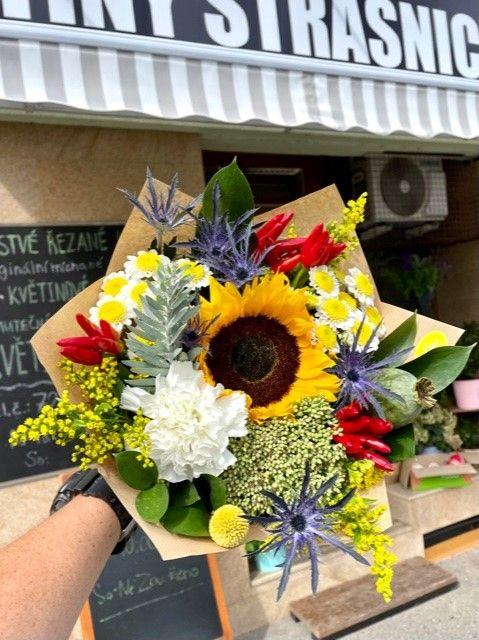 Kytice květin z květinářství Praha Květiny Strašnice