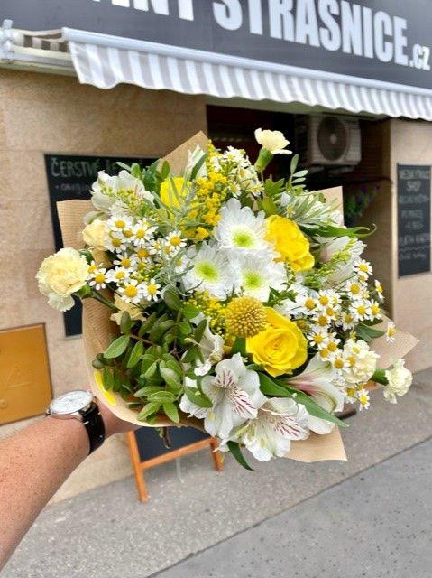 Rozvoz květin z květinářství po Praze a okolí