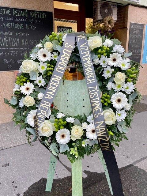 Pohřební věnec z květinářství Praha