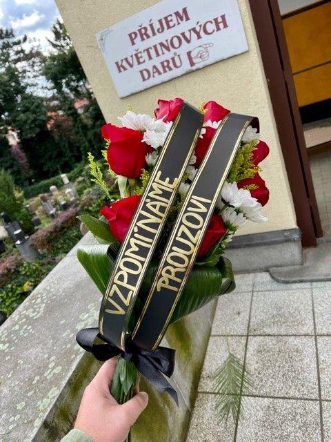 Smuteční kytice online Praha