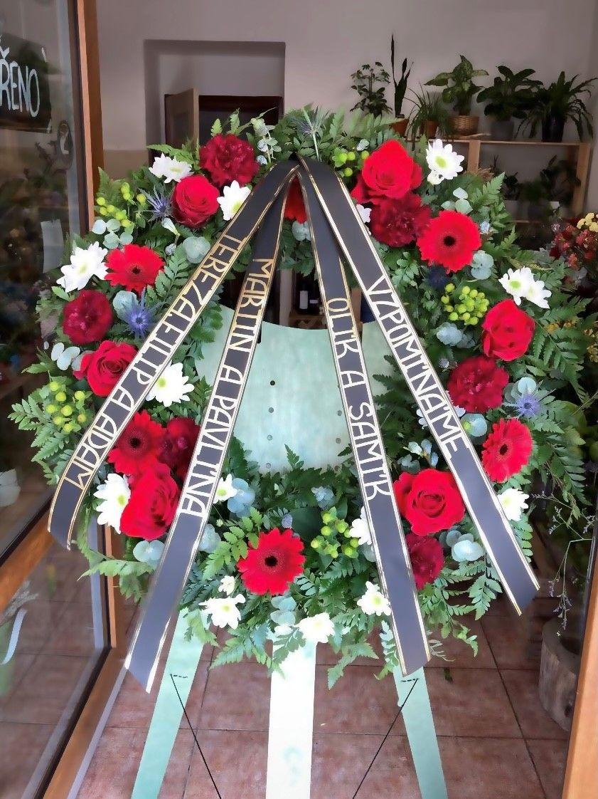 Smuteční a pohřební věnec květinářství Strašnice