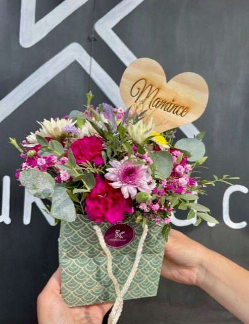 Květiny v krabičce online květinářství