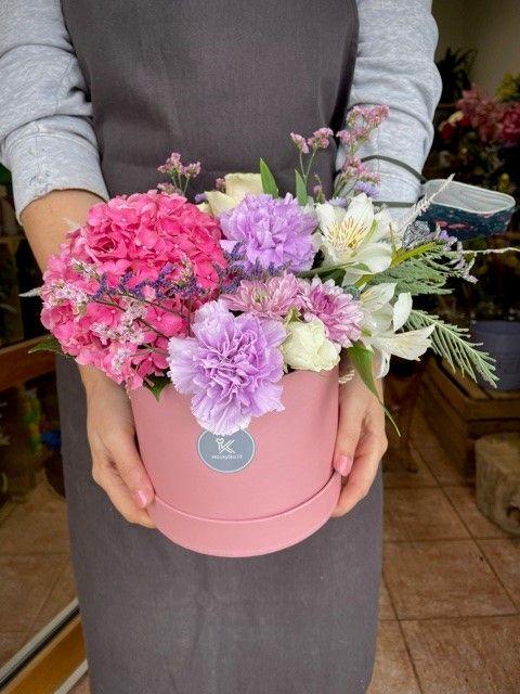 Květinová krabička z online květinářství