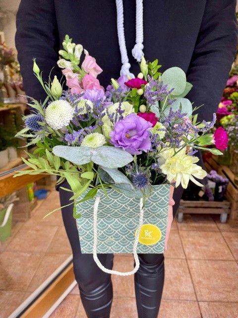 Květiny v krabici Strašnice