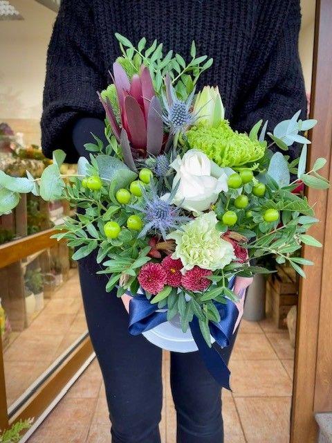 Netradiční květiny v krabici Praha