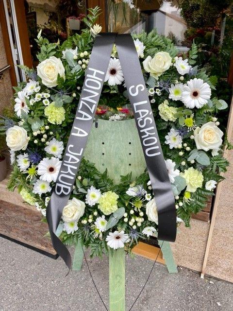Pohřební věnec z květinářství online