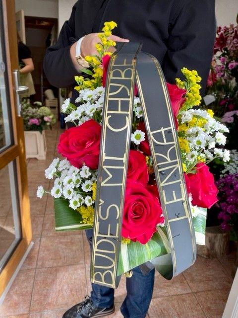 Pohřební kytice a květiny na položení