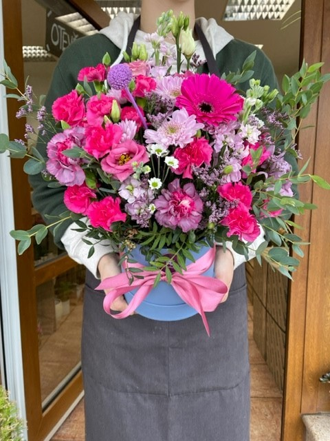 Květinová krabička z pražského květinářství