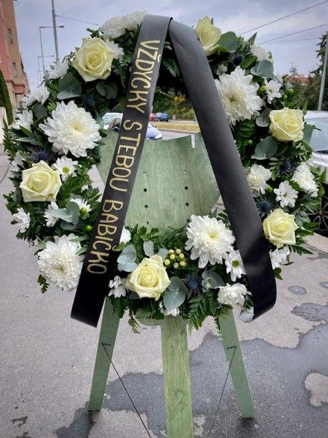 Pohřební věnce online Praha 60cm