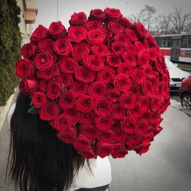 Doručení kytice 100 růží Praha
